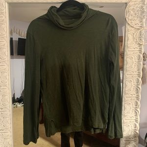 Madewell over sized loose turtle neck